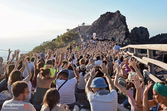Pomigliano Jazz, concerto sul Gran Cono del Vesuvio
